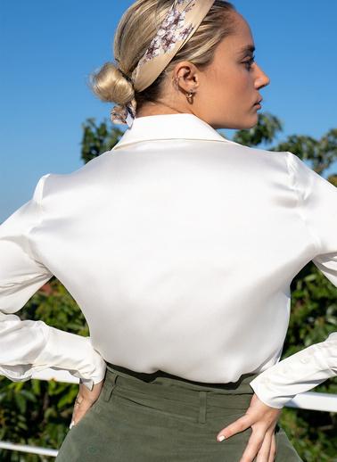 Silk and Cashmere İpek Audrey Geniş Manşet Uzun Kollu Gömlek Beyaz